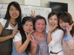在藤冈宿舍开聚餐会